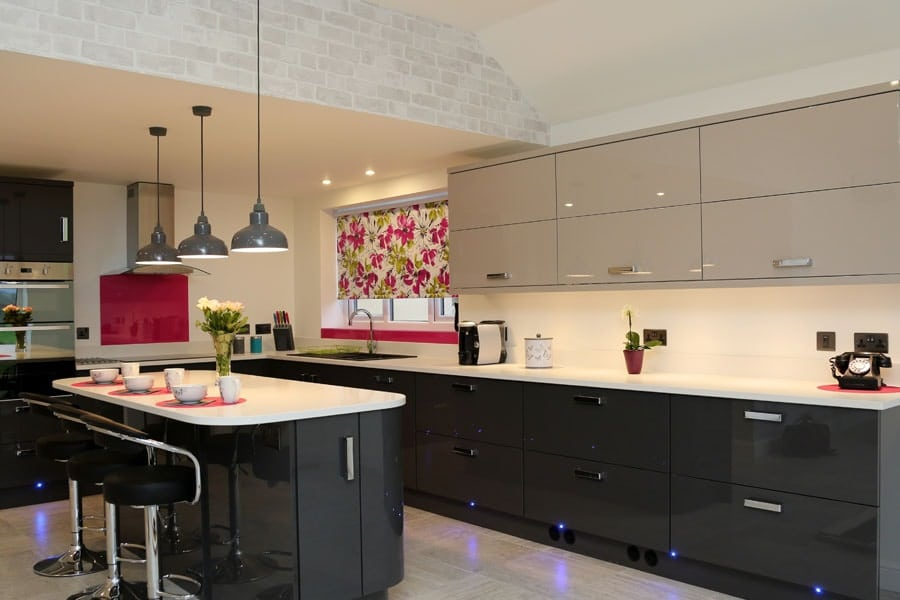 Bright Pink Splashback & Window Sill