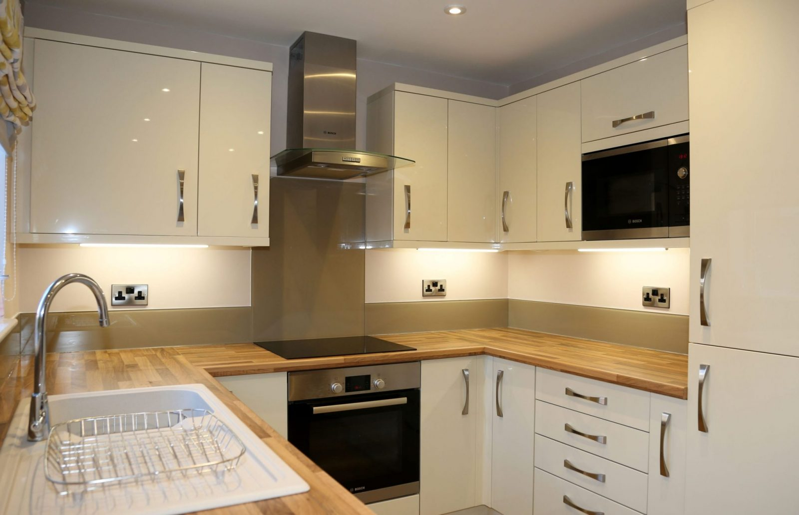Cappucino Glass Splashback and Upstands