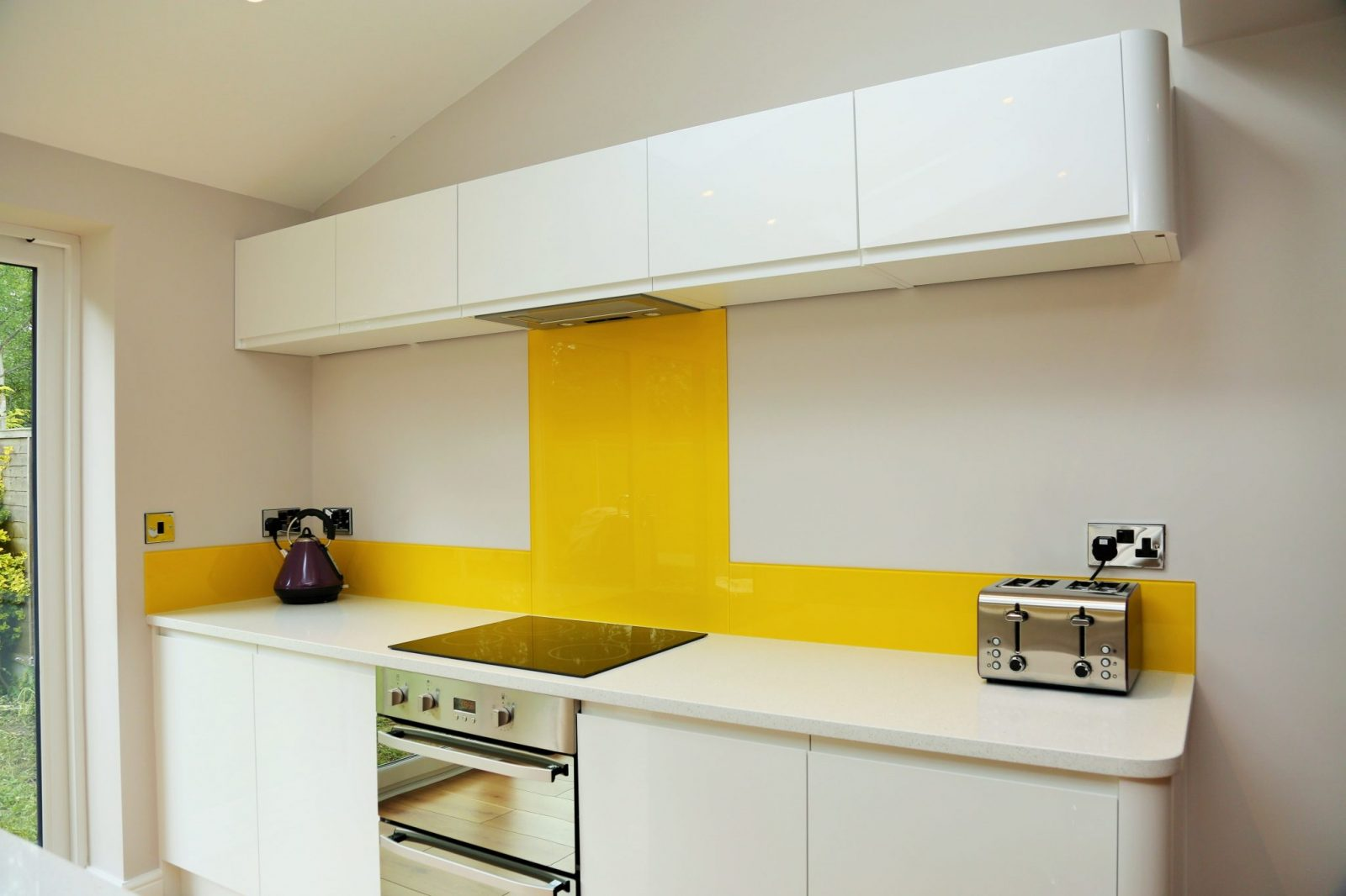 Touch Up Kitchen Cabinets Glass Splashback Fitted Behind Convection Hob Glass