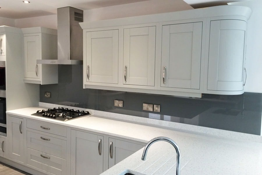 Farrow Amp Ball Plummet No 272 Glass Splashback In Kitchen