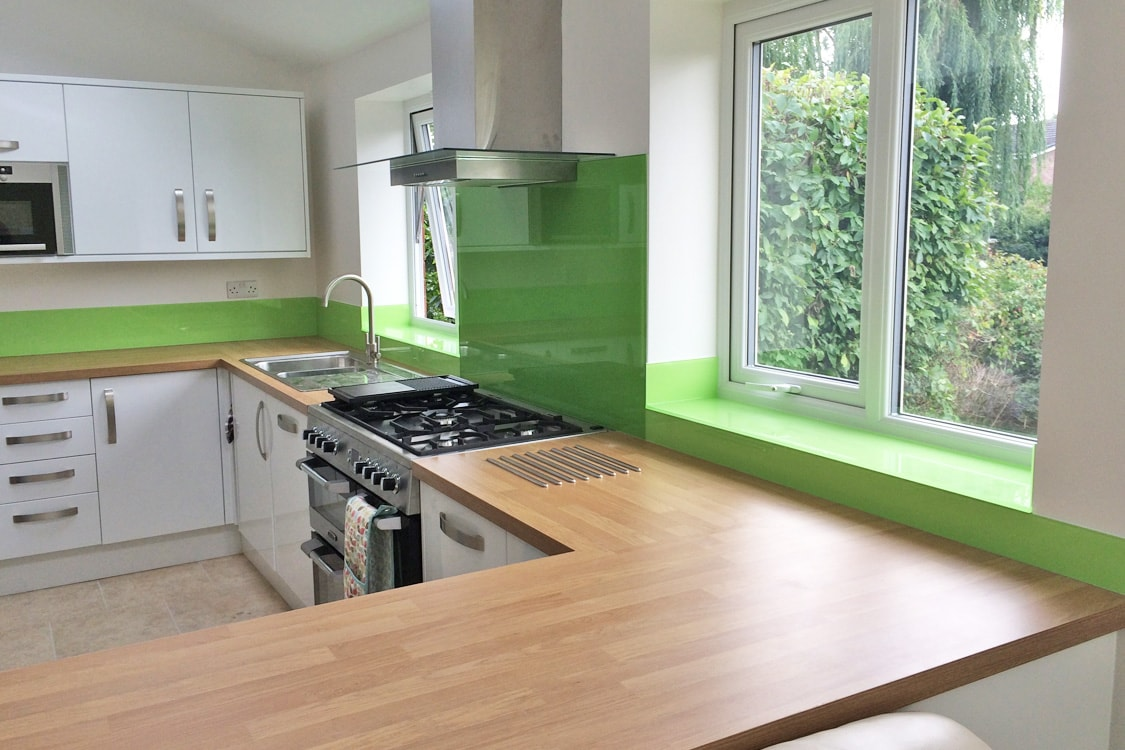 Dulux kiwi burst glass splashback upstands and window sills for 2 pane window