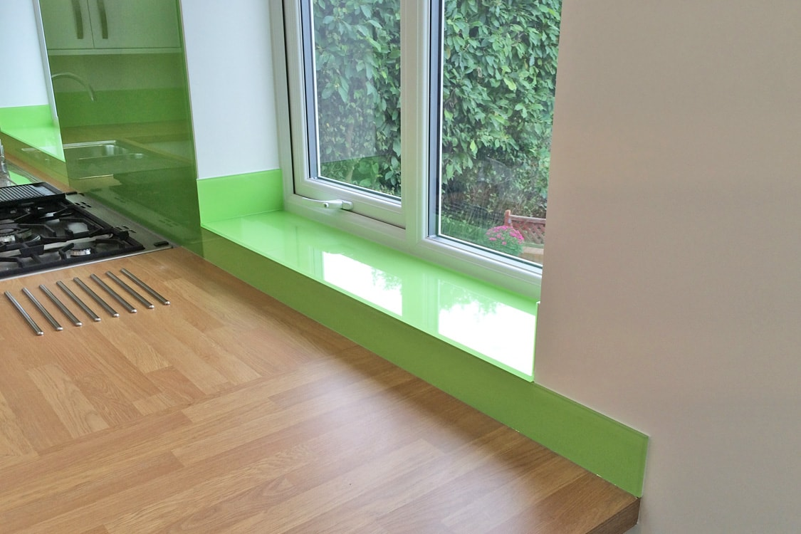 kiwi-burst-dulux-glass-window-sill