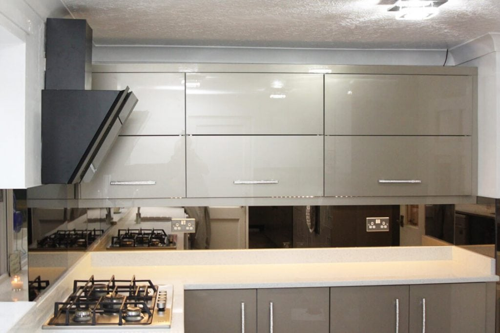stunning kitchen glass splashback in bronze mirror