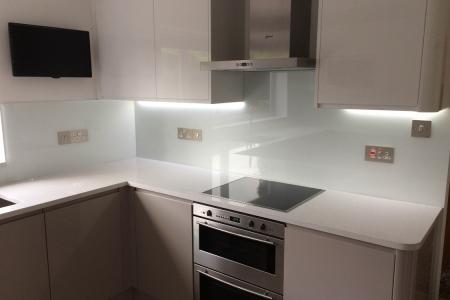 Arctic White Full Kitchen Glass Splashback