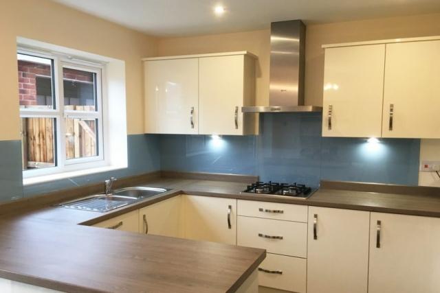 stunning kitchen glass splashback fitted in cheshire
