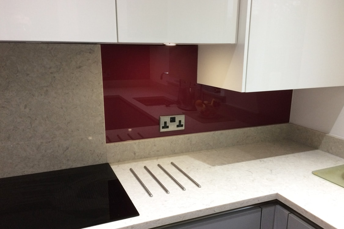 L shape Corner glass splashback