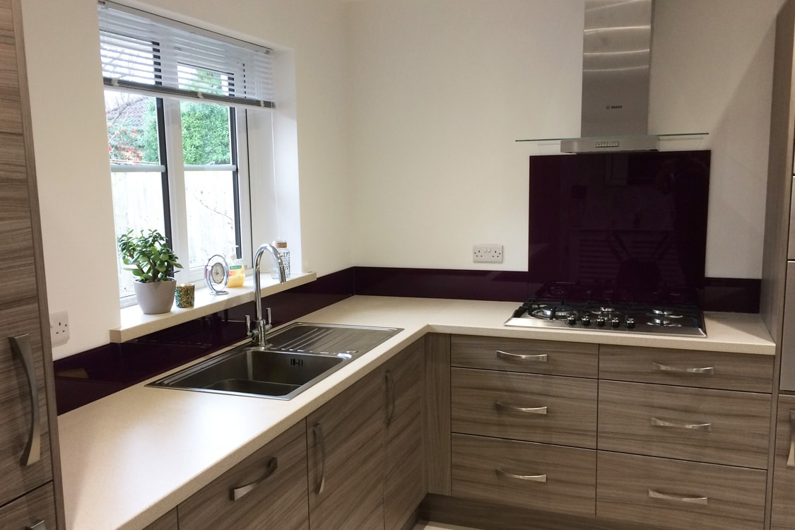 Aubergine Glass Splashback