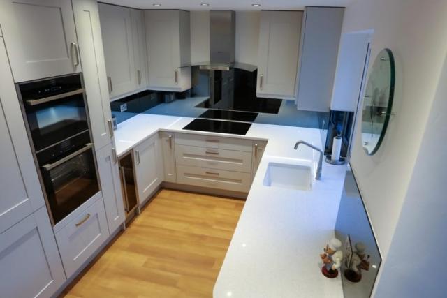Brand New Modern Kitchen with Mirrored Splashback