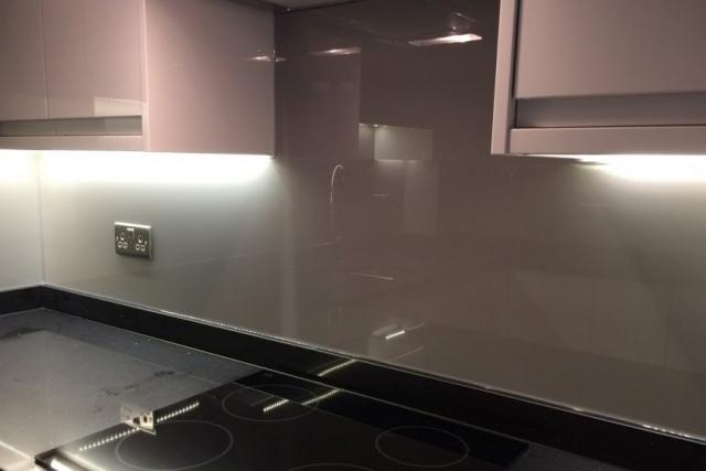 Full Kitchen Glass Splashback Coloured in Moles Breath Farrow and Ball