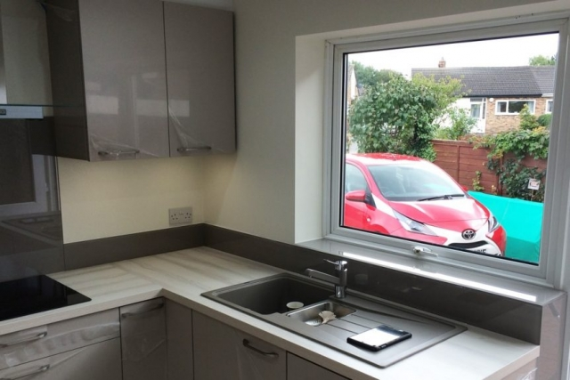 Kitchen Glass Splashback and Window Sill Coloured in Charleston Gray
