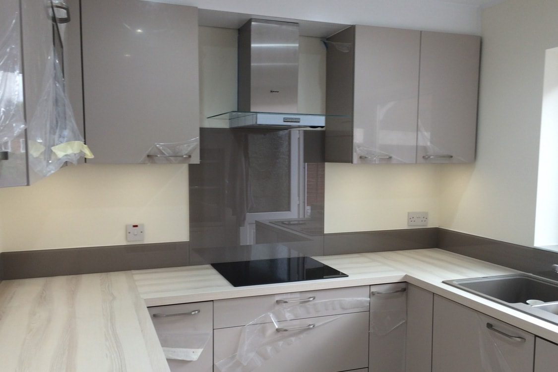 Glass Kitchen Splashbacks Reviews