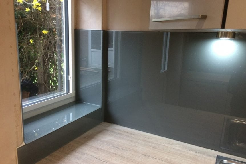 Plummet Glass Splashback Window Sill and Upstand
