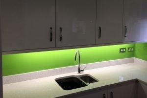 Dulux Kiwi Burst Glass Splashback