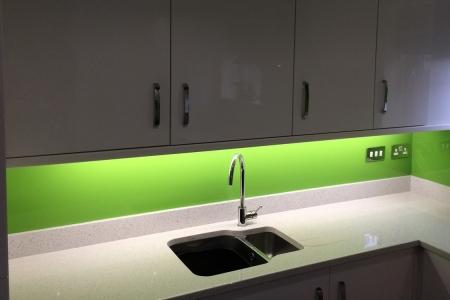 Dulux Kiwi Burst No.1 Kitchen Glass Splashback