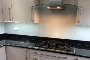 Modern Glass Splashback Coloured in Farrow and Ball Pavilion Gray