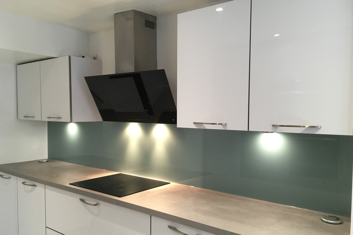 Dix Blue from Farrow and Ball Glass Splashback