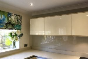 Full Application Kitchen Glass Splashback