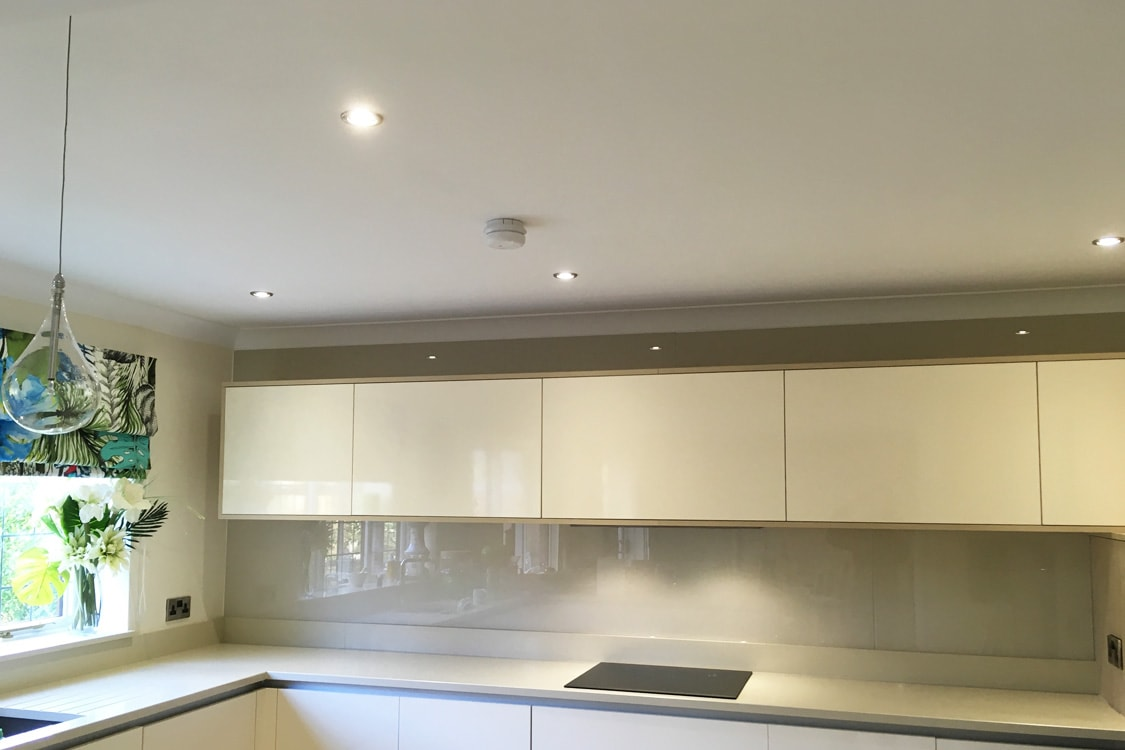 White Farrow And Ball Kitchen