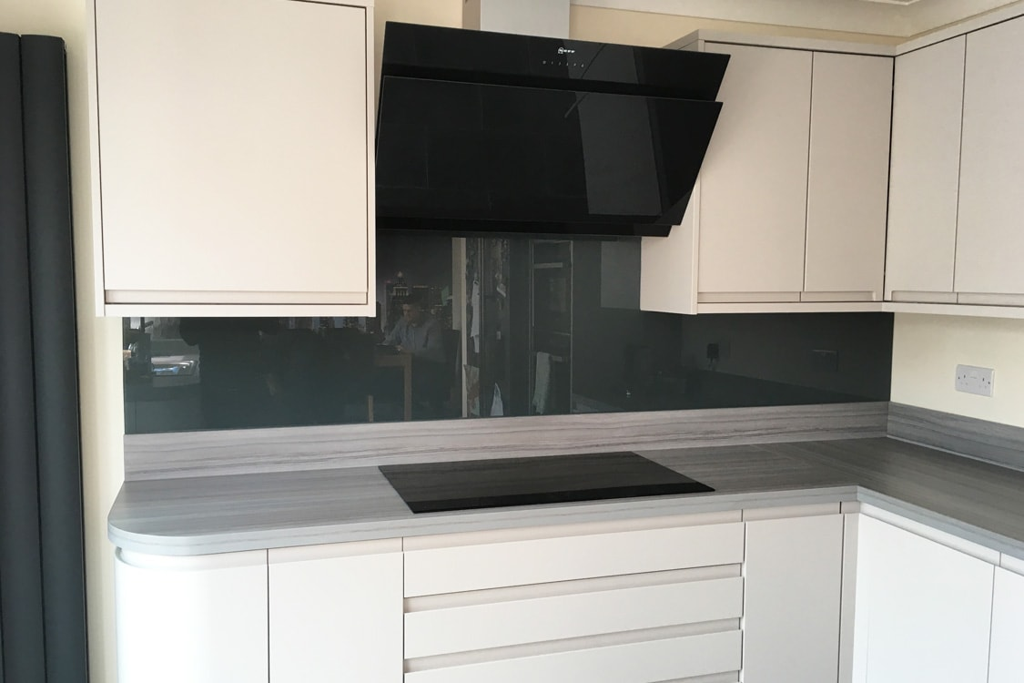 Downpipe from Farrow and Ball Glass Splashback