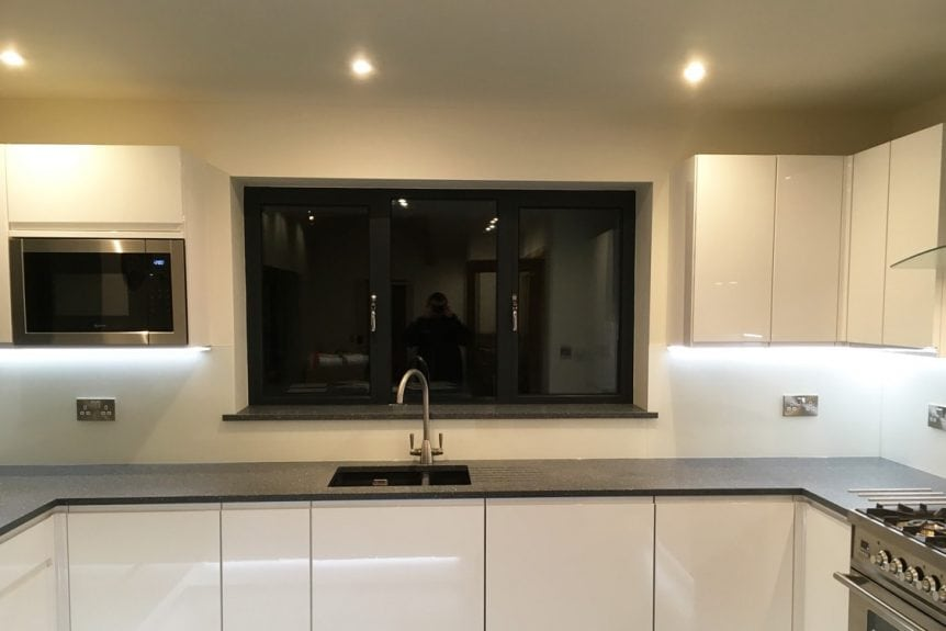 Full Kitchen Glass Splasback Fitted in Cheshire