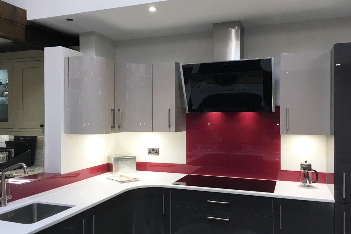 Glass Splashback Fitted in Buxton Woodworks