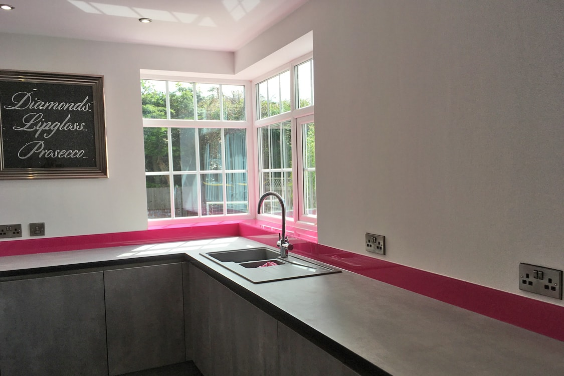 Hot Pink Glass Splashback & Window Sills