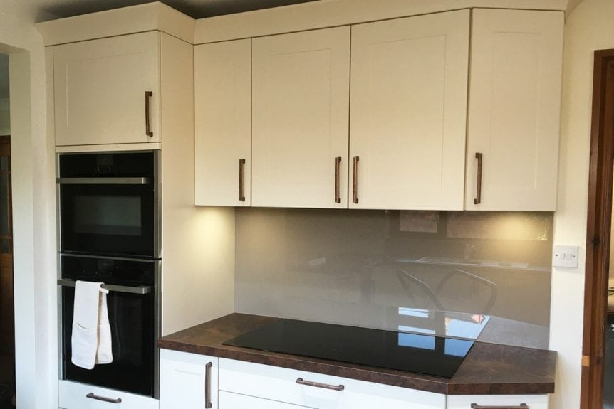 Kitchen Glass Splashback Finished in Mocha Brown