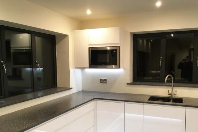 Kitchen Glass Splashback in Wimborne White Lit with LED light