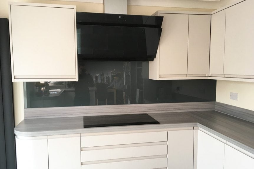 Top Hat Glass Splashback Coloured in Downpipe from farrow and ball