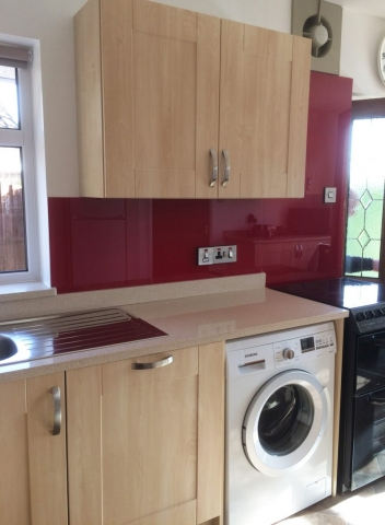 Deep Bordeaux Red Glass Splashback