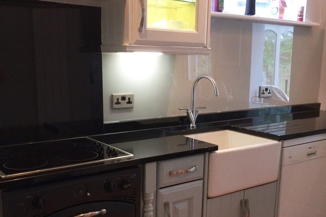 Farrow and ball pavilion gray glass splashback behind for Coloured sinks kitchens