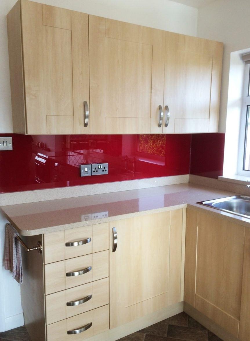 Full Kitchen Glass Splashback Coloured in Red Bordeaux