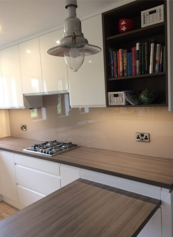 Glass Splashback Fitted in Cheshire Dead Salmon