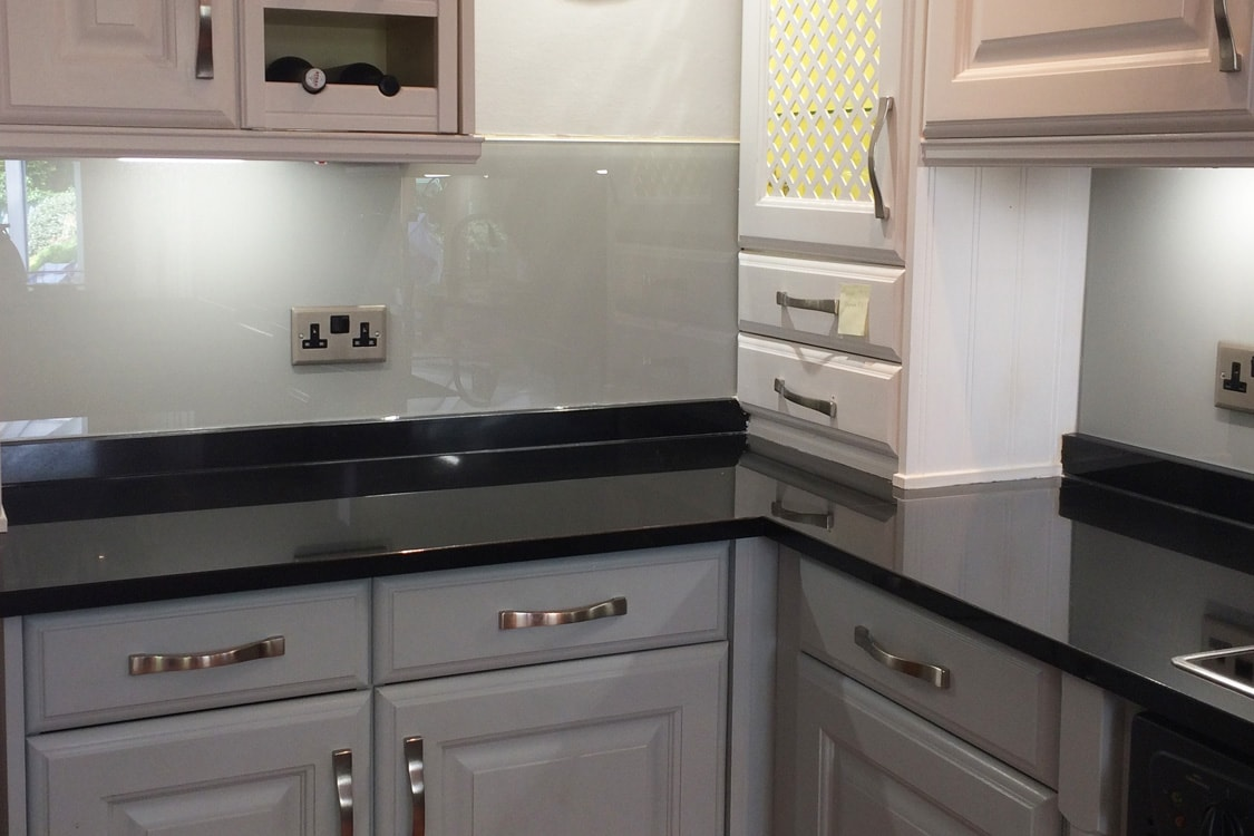 Kitchen Glass Splashback Coloured Farrow And Ball Pavilion