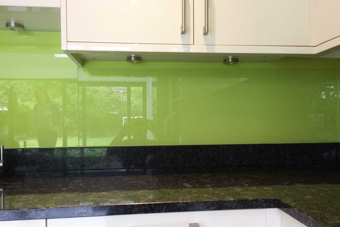 Dulux Luscious Lime Glass Splashback   Kitchen