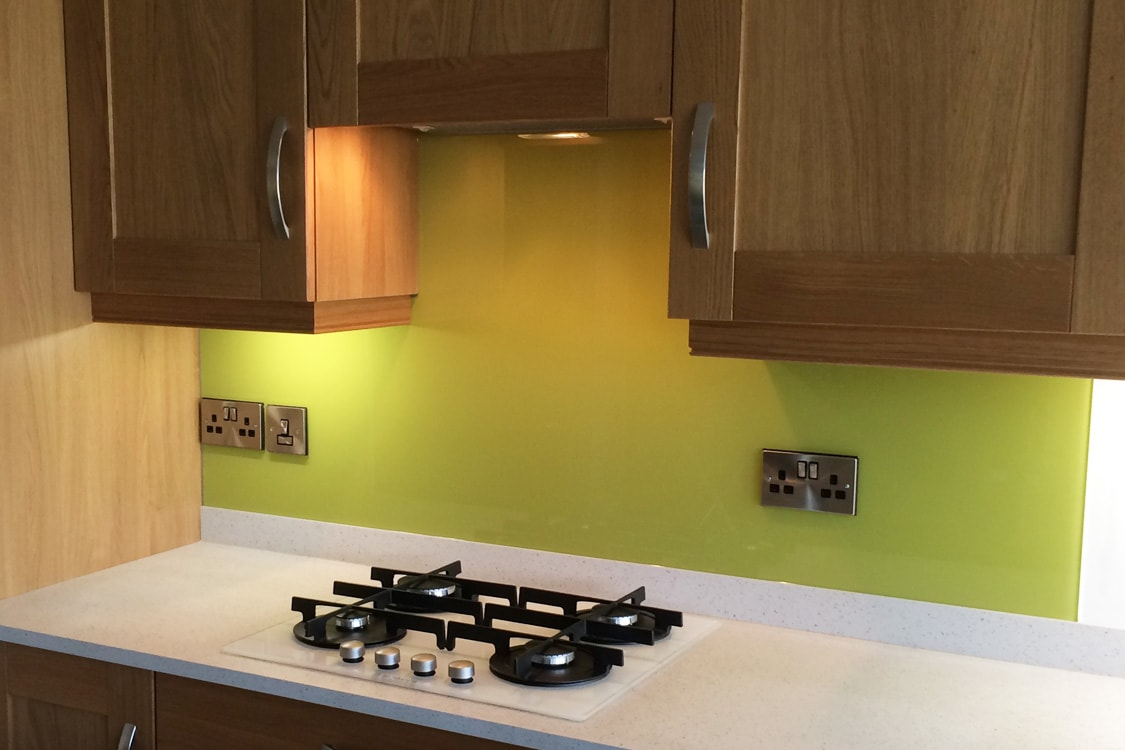 Chartreuse Yellow Top Hat Glass Splashback