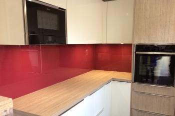 pink red glass splashbacks glass splashbacks pro glass 4. Black Bedroom Furniture Sets. Home Design Ideas