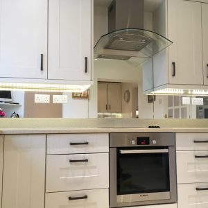 Kitchen Glass Splashback in Silver Mirror-min
