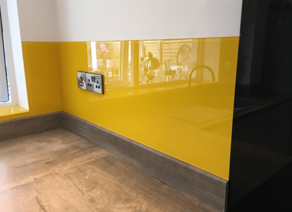 Glass Splashback Coloured in Butterscotch RAL 1023-min