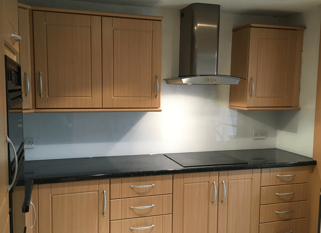 White, Neutral & Cream Splashbacks South Manchester Glass Splashbacks