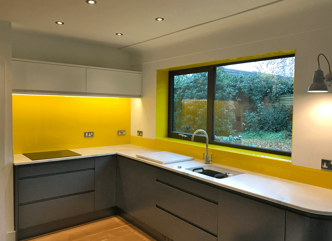 Why Join Pro Glass 4? Glass Splashbacks