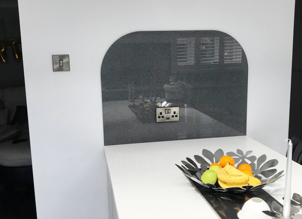 Super Effect 6 Medium Holographic Silver Glass Splashback Glass Splashbacks
