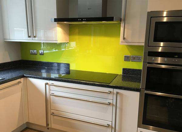 Luscious Lime Glass Splashback with Medium Sparkle