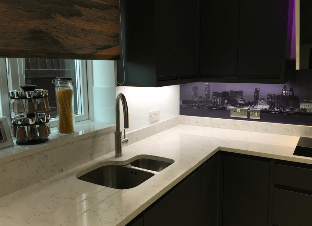 Black & White Liverpool Skyline Printed Glass Splashback Glass Splashbacks