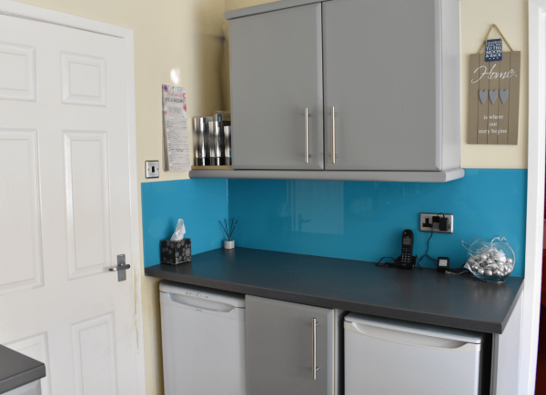 Kitchen Glass Splashback Coloured in Home from Home